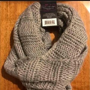 Other - NWT Gray Infinity Scraf